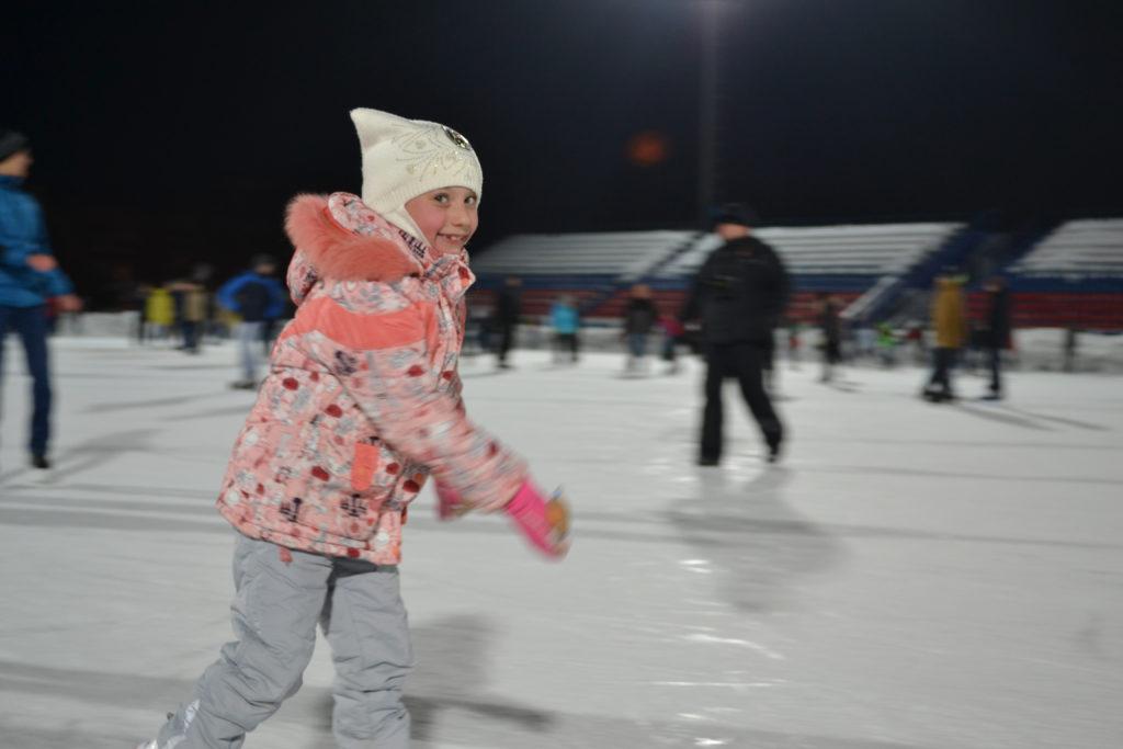 2017 5 7 вечер на коньках3 1024x683 - Оренбург осваивает коньки