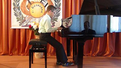 2017 13 5 рояль мацуева - Кто играет на рояле?