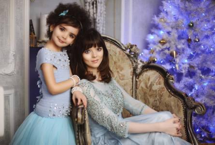 jerjuyjuy9s - Мама воспитывает звезду мирового подиума