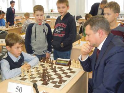 5 глав 1 1 - Оренбург играет в шахматы