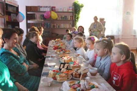 4 подв - Дочек и мам приглашают на посиделки