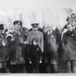 Второй слева Виталий Павлович основательа впереди мальчик внук Виталий 150x150 - Вся жизнь на железной дороге