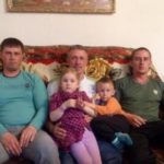 Прошкины Валерий Иванович с двумя сыновьями Дмитрием и Евгением 150x150 - Две линии энергетики