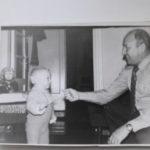 Так Виталий Александрович встречал дедушку с работы 150x150 - Вся жизнь на железной дороге