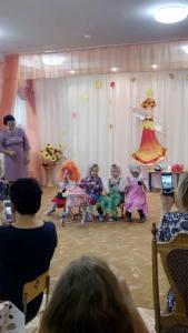 17 праздник - Восхищаемся бабушками