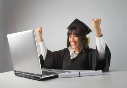 1472045089 1 - Кому нужно виртуальное образование?