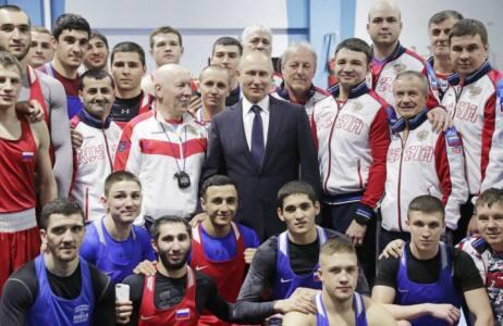 8 подв - Владимир Путин «благословил» оренбургского боксера на победу на Олимпиаде