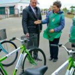 2 подв 150x150 - Социальные работники пересаживаютсяна новенькие велосипеды