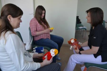8 подв 2 - На помощь приходят… куклы