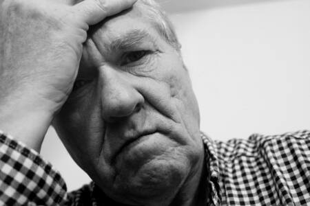 hand man person black and white people white photography alone male heart sadness portrait human black monochrome skull facial expression muscle senior citizen close up sad face lonel - Какие проблемы волнуют оренбуржцев?