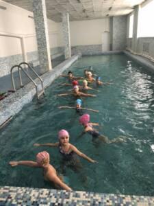 7 п вверх - «Проплыть пять метров»:школьников учат азам плавания